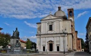 Desio_SS_Santi_Siro_e_Materno_facciata_1